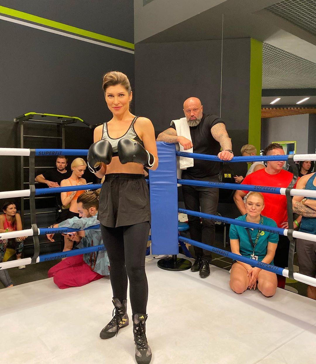Светлана Камынина активно занимается спортом и выглядит потрясающе 🤗