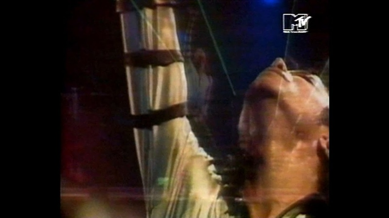 Michael Jackson - The King On Stage (fragments from MTV Special Bad Tour-87)