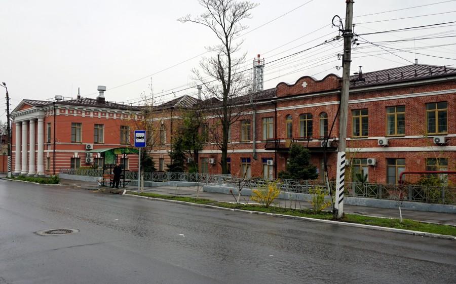 В Таганроге три автомобиля от Городской Думы переданы поликлинике №2
