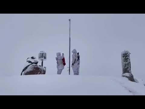 Hakkari Çukurca'da bulunan Stine Üs Bölgesi'ndeki kahramanlarımız, bayrak değişiminde jetnetcomtr