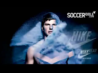 Andrey___Arshavin___Arsenal__Nike__football!!!