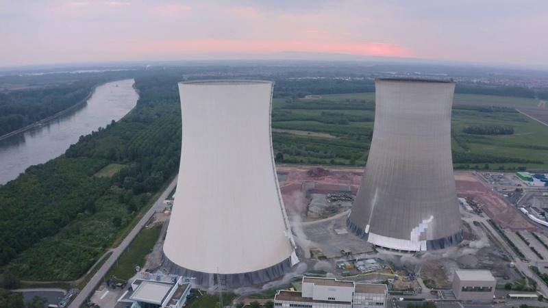 EnBW setzt Abbruch der Kühltürme in Philippsburg erfolgreich um Drohnenmaterial
