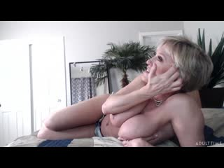 [LIL PRN] Adult Time - Dee Williams - Super Horny Fun Time  1080p Порно, Big Tits, Blonde, MILF, Solo