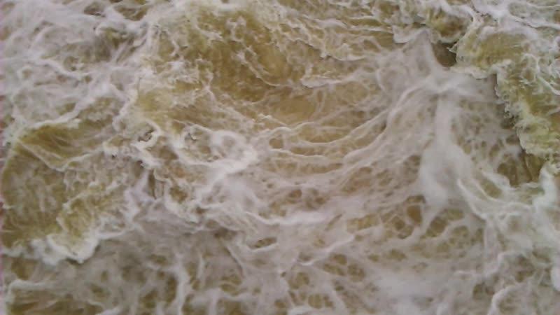 Слив воды на Пермской ГЭС