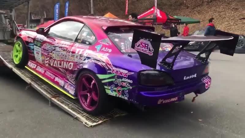 TEAM VALINOドライバー 中村直樹 選手 ドリフトキングダム富士ショートコースに到着! 応援よろしくお願いします。