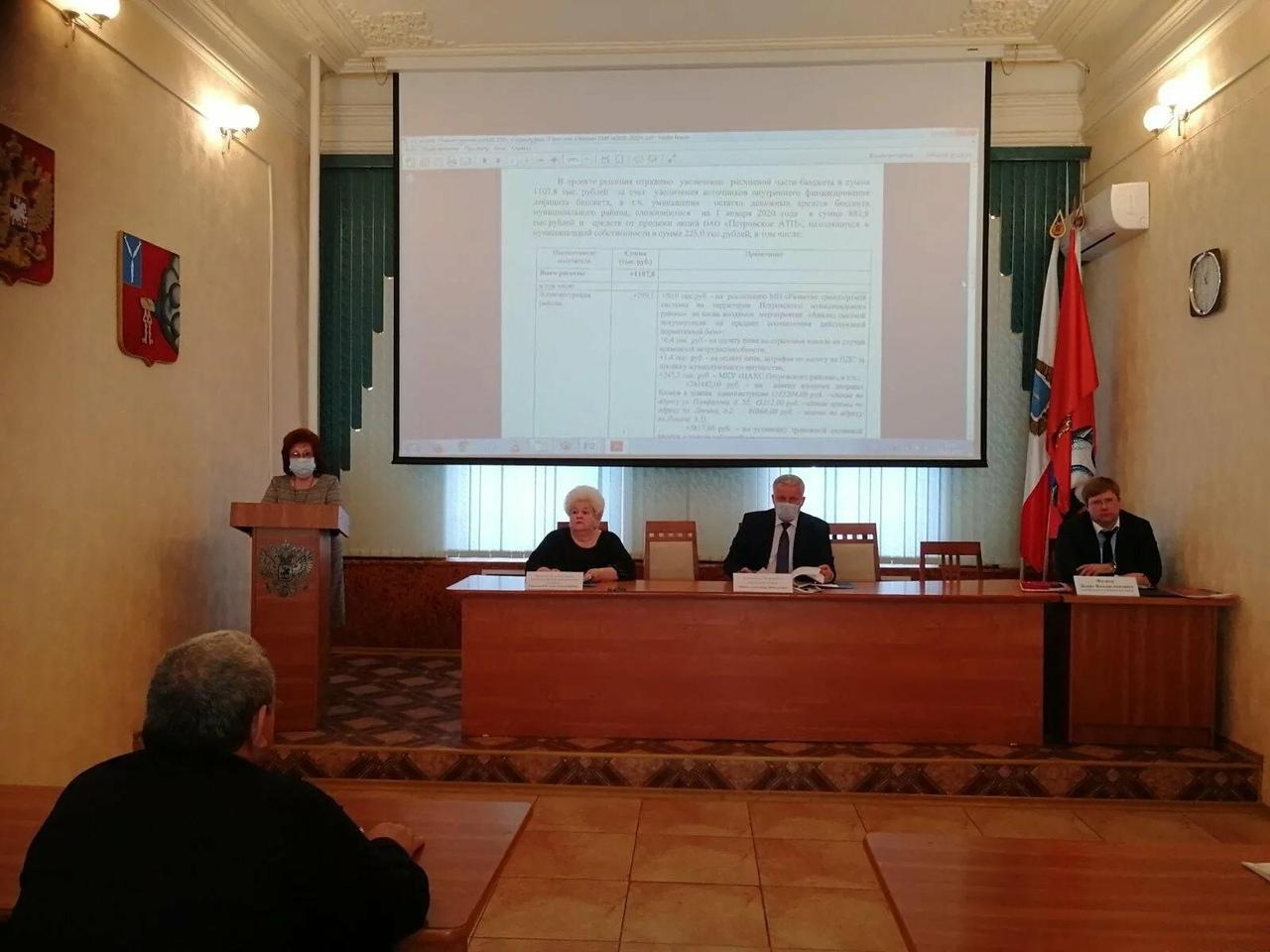 Депутатский корпус районного Собрания провёл очередное заседание