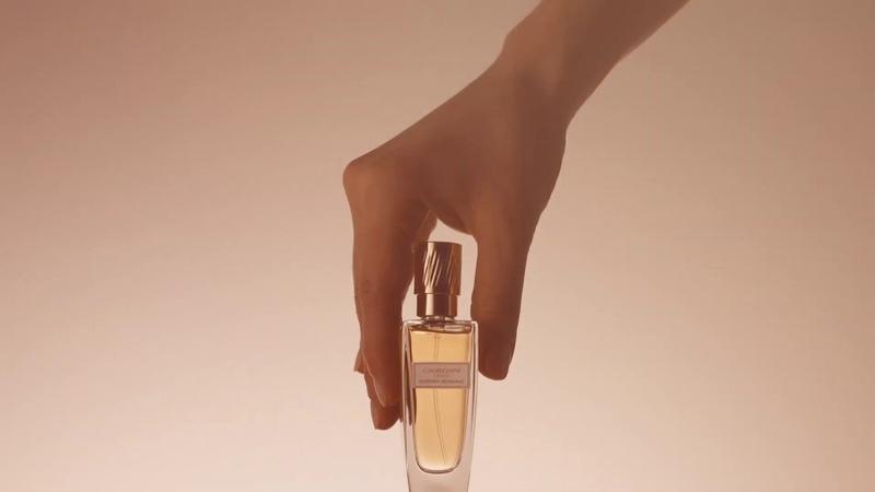 Парфюмерная вода Giordani Gold Essenza Sensuale Ощути прикосновение роскоши