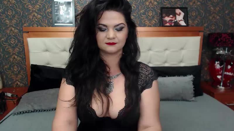 Live sex chat with YourOnlyDoll at