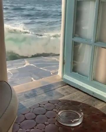 The ocean is at the door 