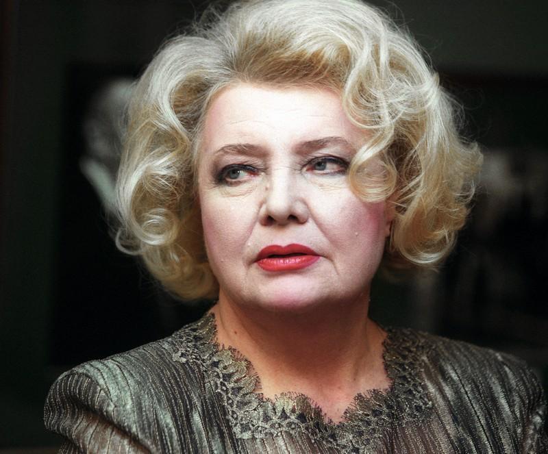 Сегодня свой день рождения отмечает Доронина Татьяна Васильевна.