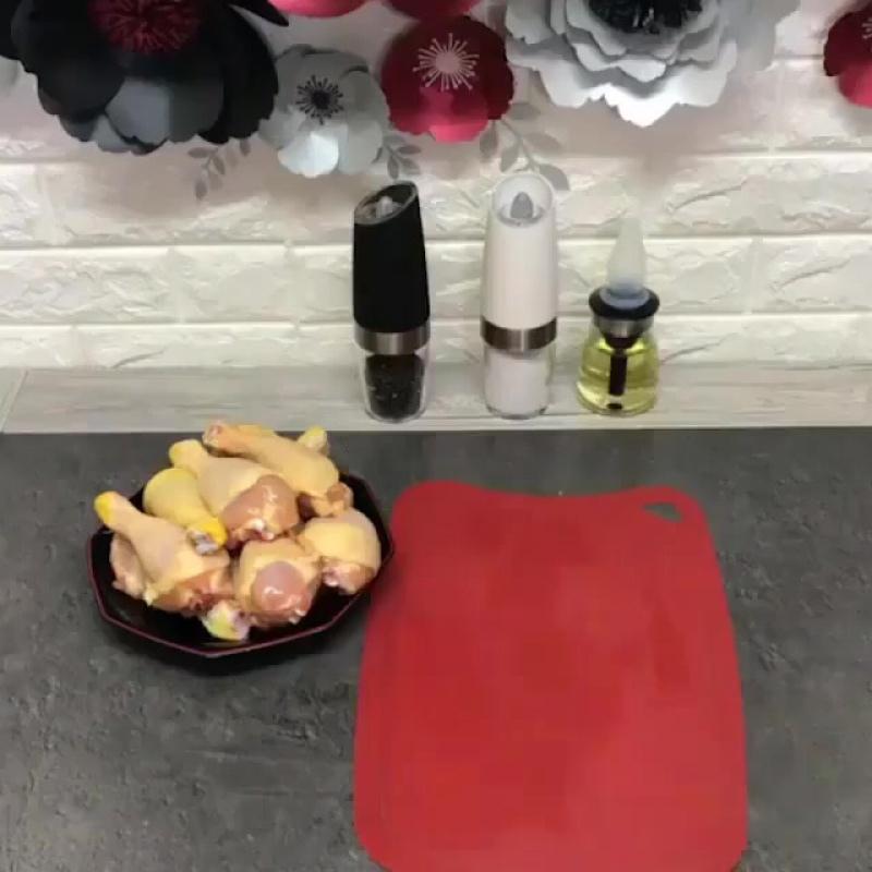 Рис с курочкой и зеленым горошком в духовке (ингредиенты под видео)