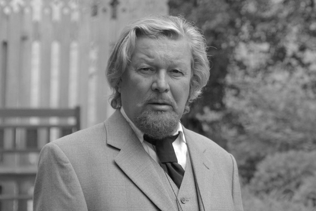 На 65 году жизни 7 сентября не стало популярного советского и российского актёра театра и кино Сергея Колтакова.