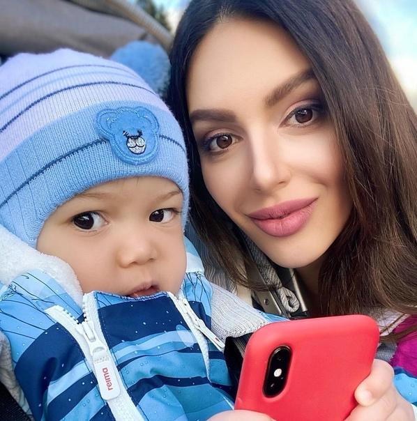 Оксана Воеводина прокомментировала срой развод с мужем из Малайзии: