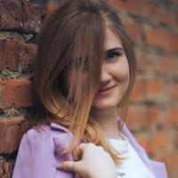 Олеся Полякова