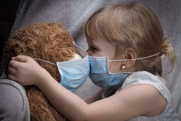 Заболеваемость коронавирусом в России растет из-за...