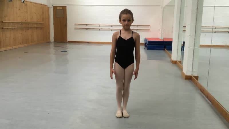GRADE 1 Ballet - warm up with music