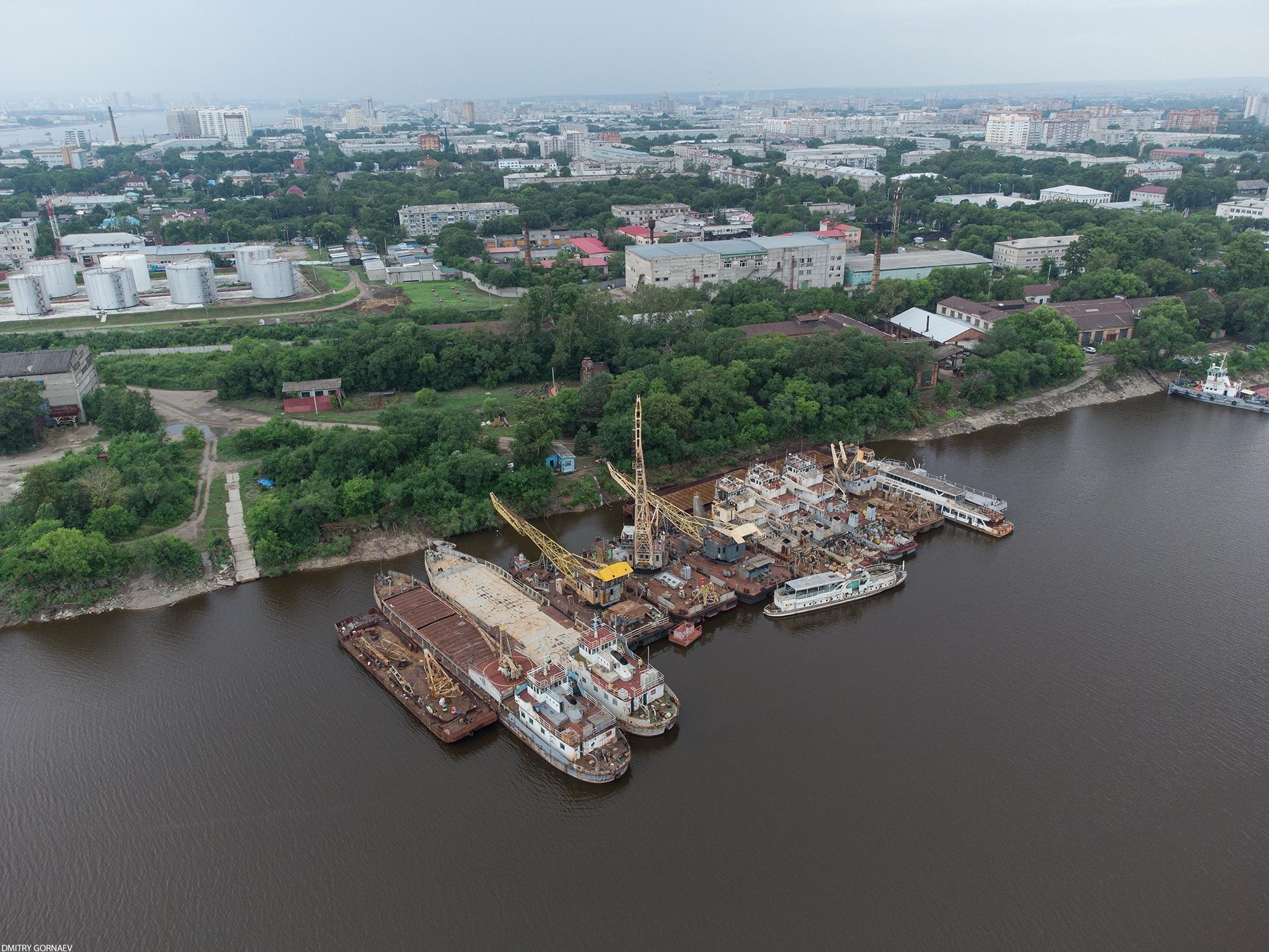 Кладбище заброшенных кораблей в Благовещенске, Амурская область - Фото