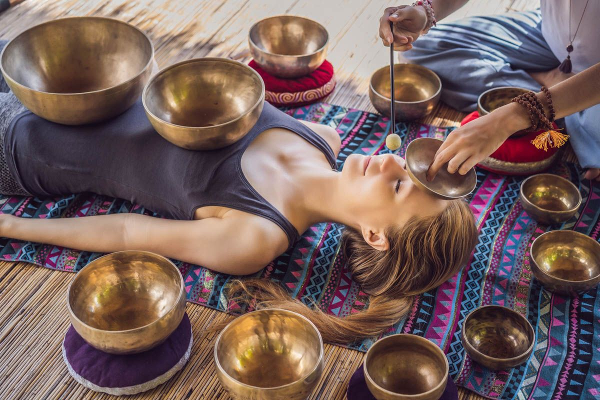 Афиша Вибрационно-акустический массаж тибетскими чашам