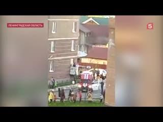 Жильцы дома помогли потушить пожар