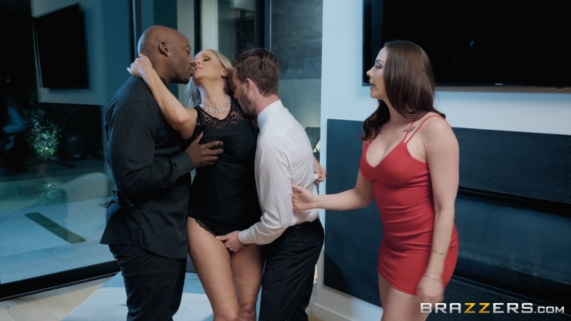 Chanel Preston & Julia Ann (Night Caps)[2018, Big Tits,Blonde,Brunette,Creampie,Feet,Foursome,Interracial,MILF,Wife, 1080p]