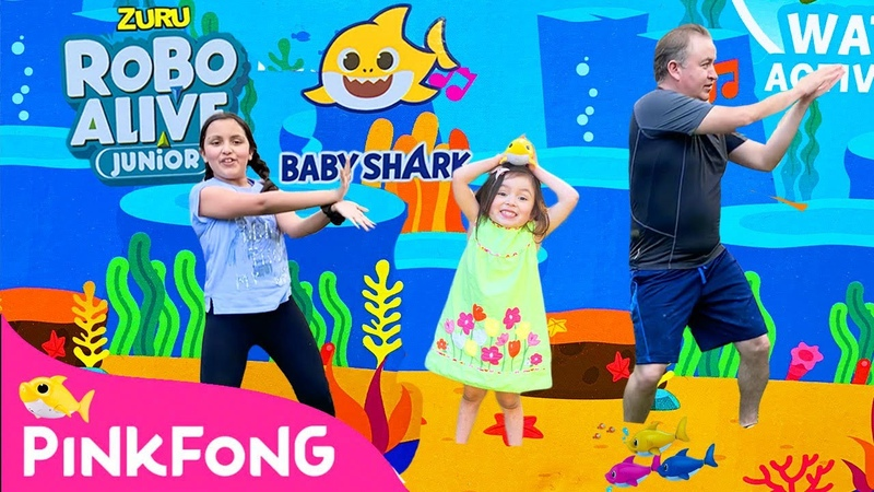 Bath Time | Baby Shark Bath Toys from Zuru | Pretend Play Sing Dance and Swimming | stayhome