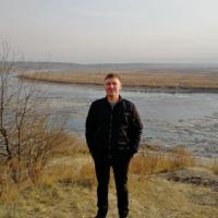 Максим Лапин