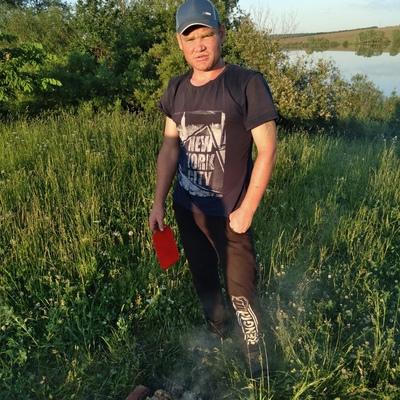 Yuriy, 30, Kuyeda