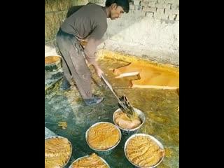 А вы все еще едите пальмовое масло Тогда вот вам его производство!