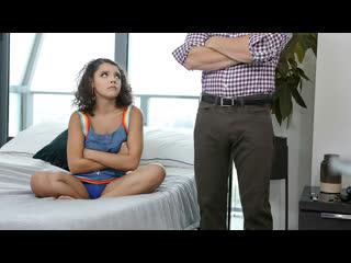 [LIL PRN] Exxxtra Small - Ella Cruz - Stowaway  1080p Порно, Brunette, Latina, Petite, Boyfriend, Facial